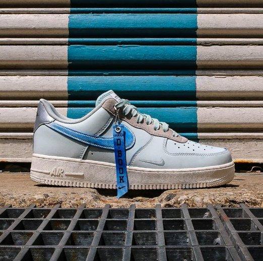 oficial más cerca de Cantidad limitada Now Available: Devin Booker x Nike Air Force 1 Low — Sneaker Shouts
