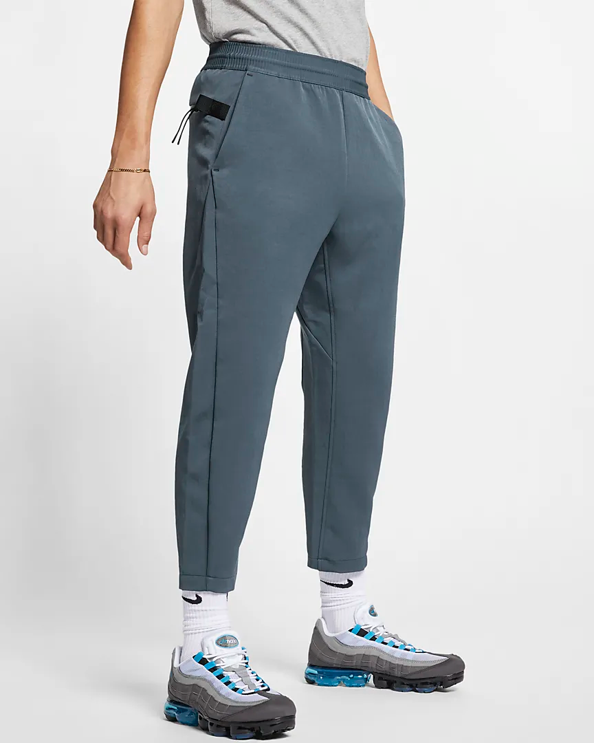 sportswear-tech-pack-cropped-woven-pants-r4vpVL (2).png