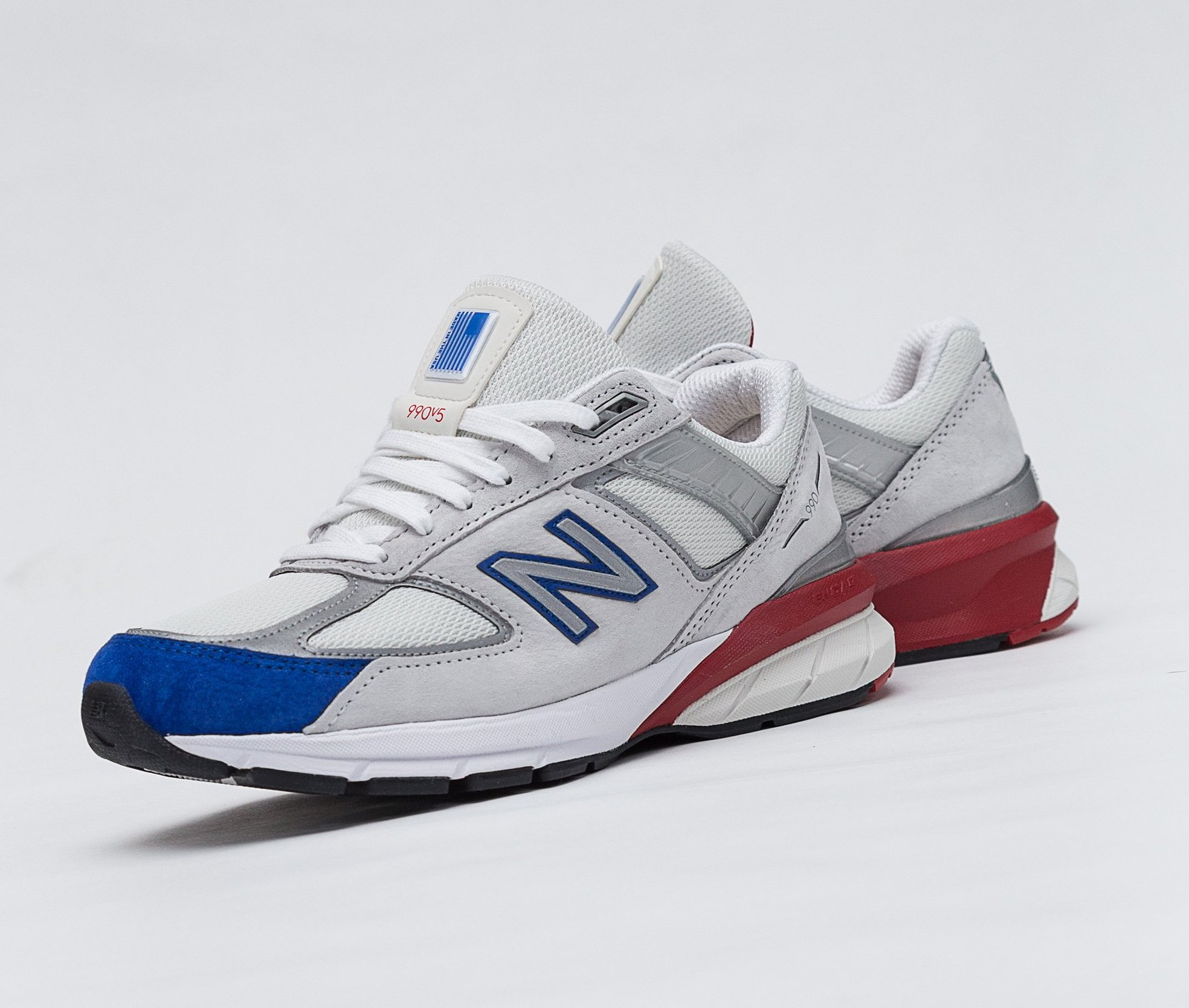 79762fbb30d16 On Sale: New Balance 990v5