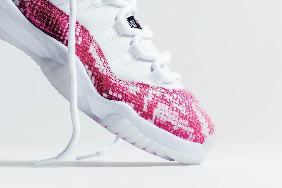 air jordan 11 retro low pink snakeskin