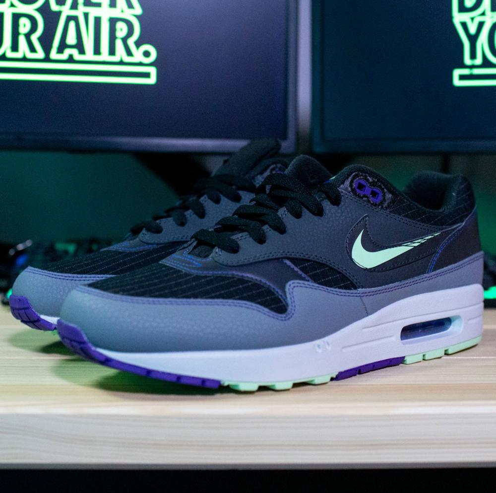 On Sale: Nike Air Max 1 SE