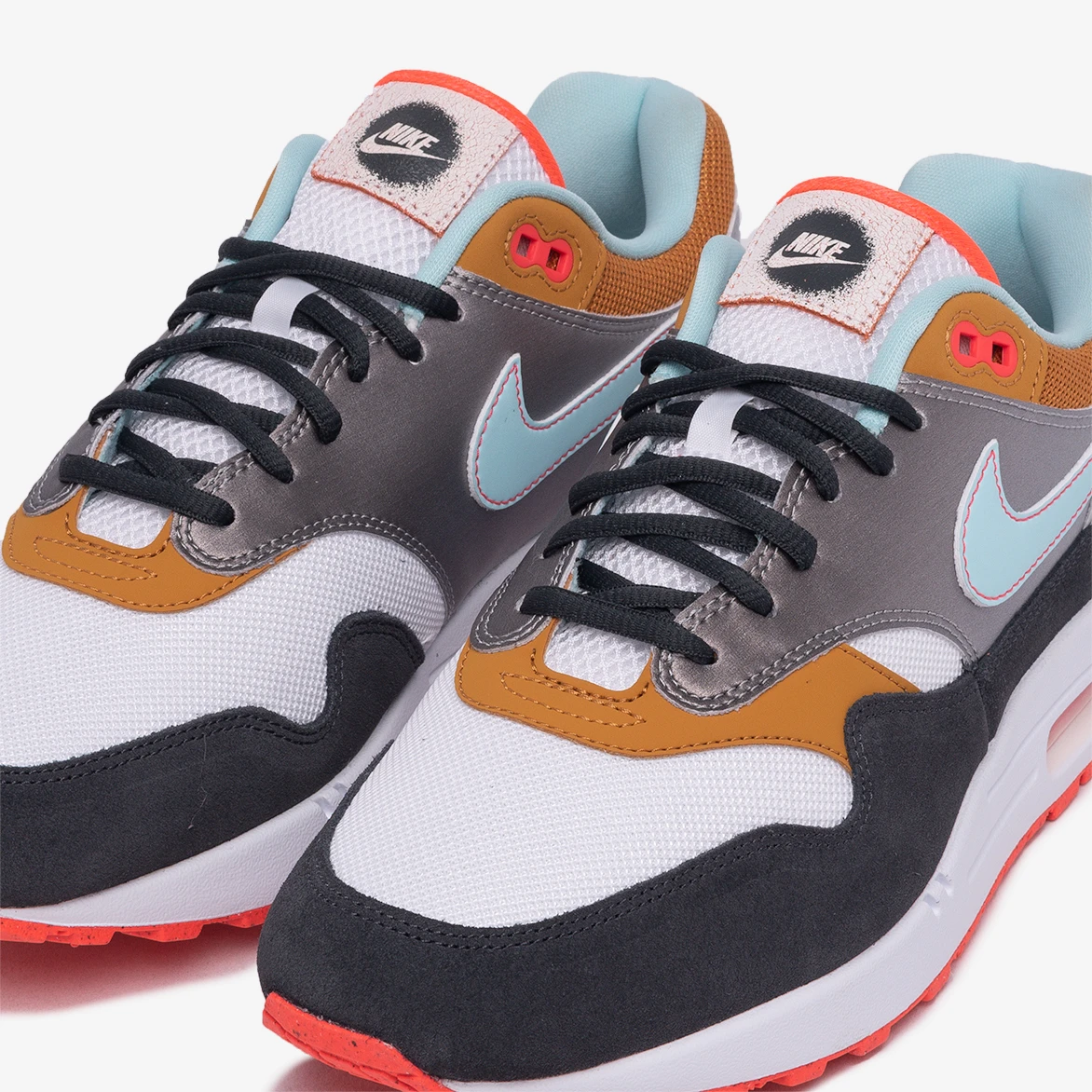 máximo necesario color  Now Available: Nike Air Max 1