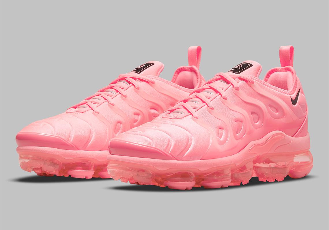 """Now Available: Nike Air VaporMax Plus (W) """"Bubblegum"""""""