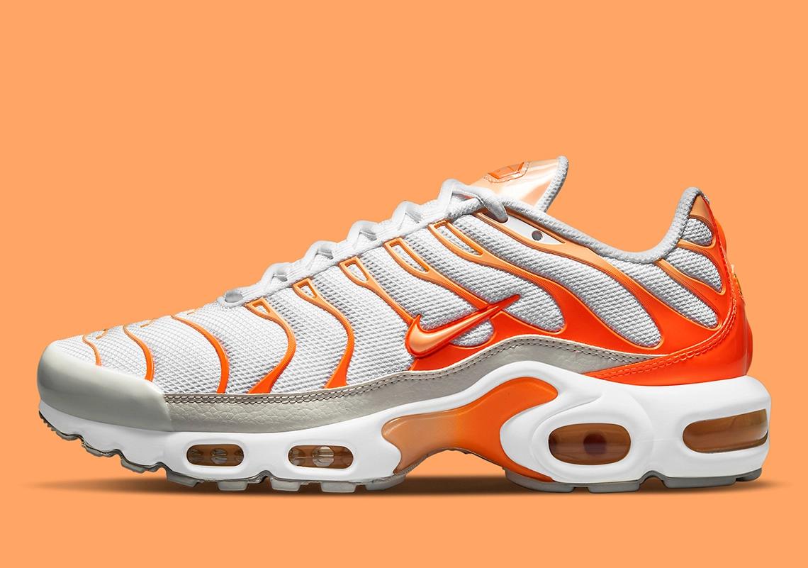 """Now Available: Nike Air Max Plus (W) """"White Orange"""""""