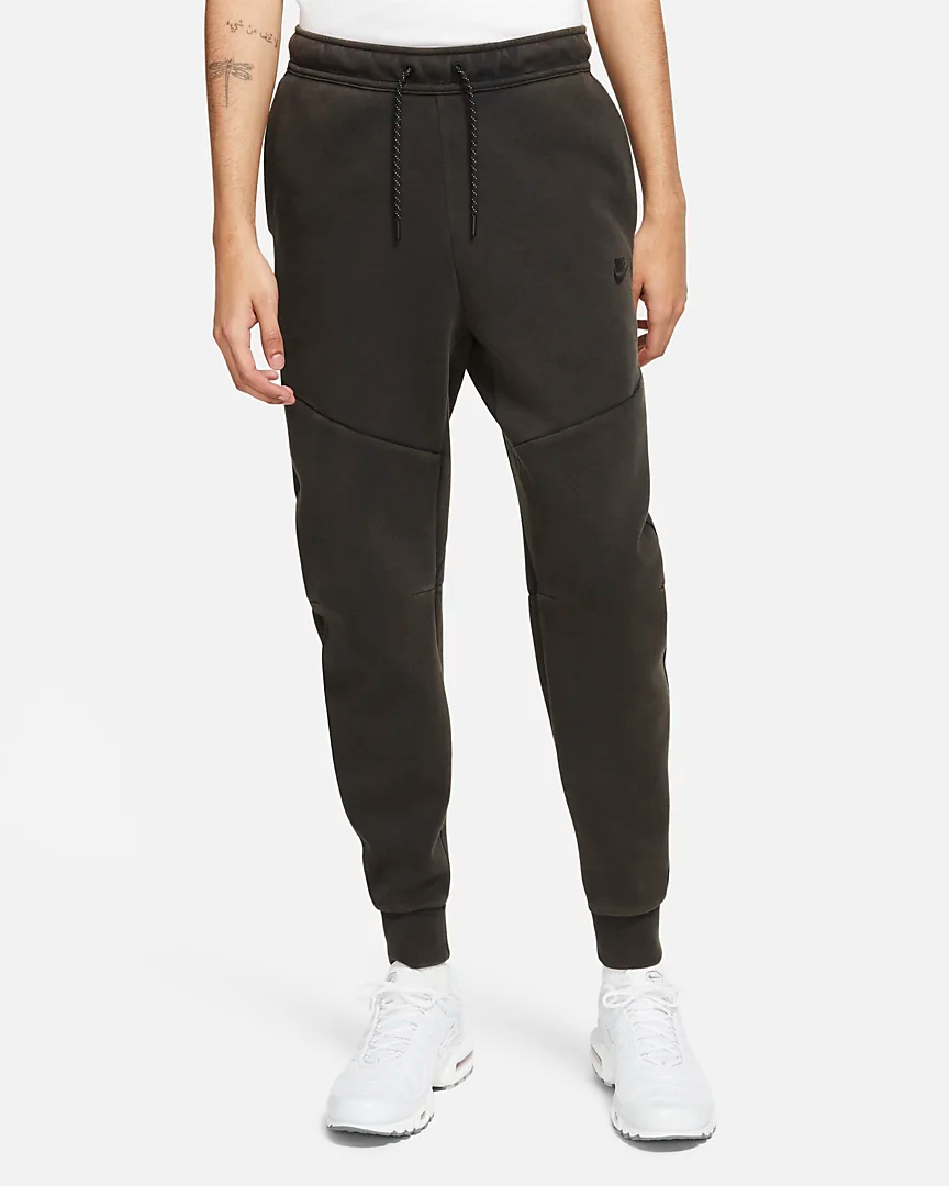 sportswear-tech-fleece-mens-washed-joggers-4KR10t.png