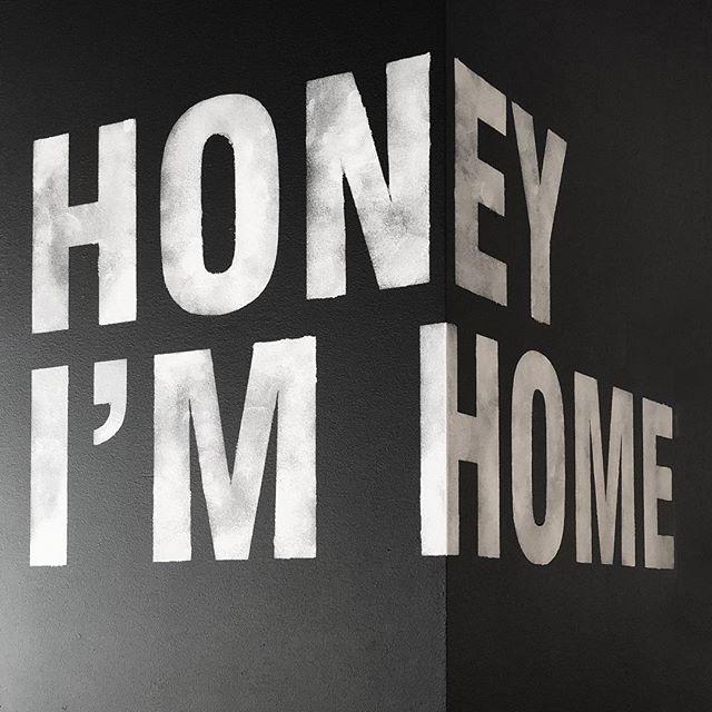 Er du vår neste Krohne?  Vi søker nye interiørarkitekter med minimum 5 års erfaring innenfor arbeidsplassdesign og prosjektledelse! ✒️ Søknad sendes til Heidi@krohnark.no