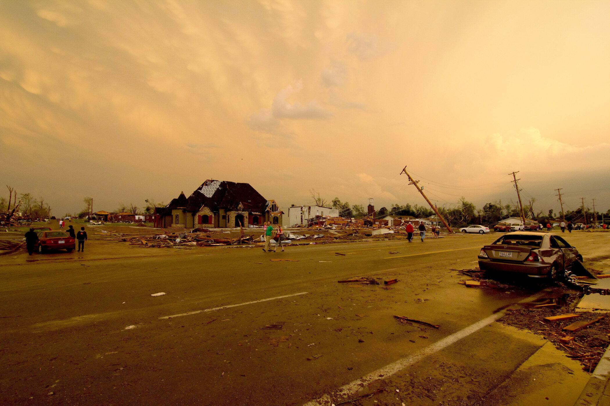 175-joplin-missouri-tornado.jpg