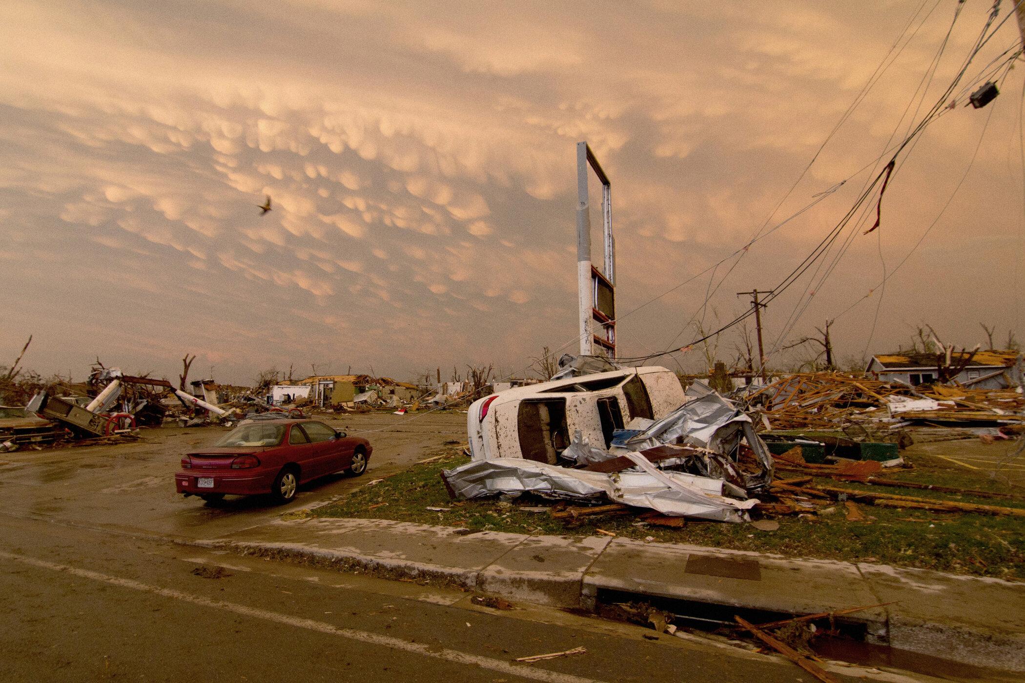 176-joplin-missouri-tornado.jpg