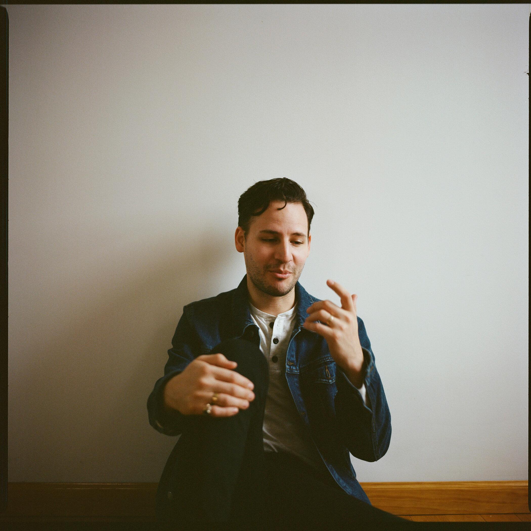 258-aaron-durall-nyc-editorial-portrait-photographer.jpg