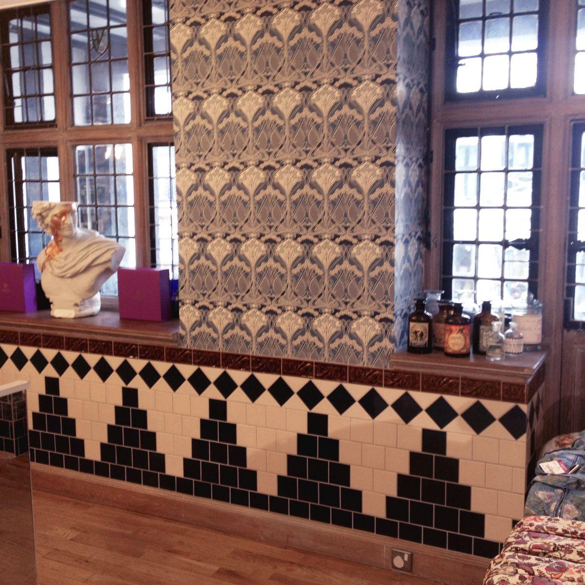 Demo Victorian Cressage decorative tiles 75x152mm - exterior use - laurel or chestnut