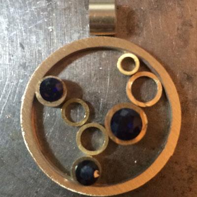 Sapphire-circle-pendant-layout-9.jpg