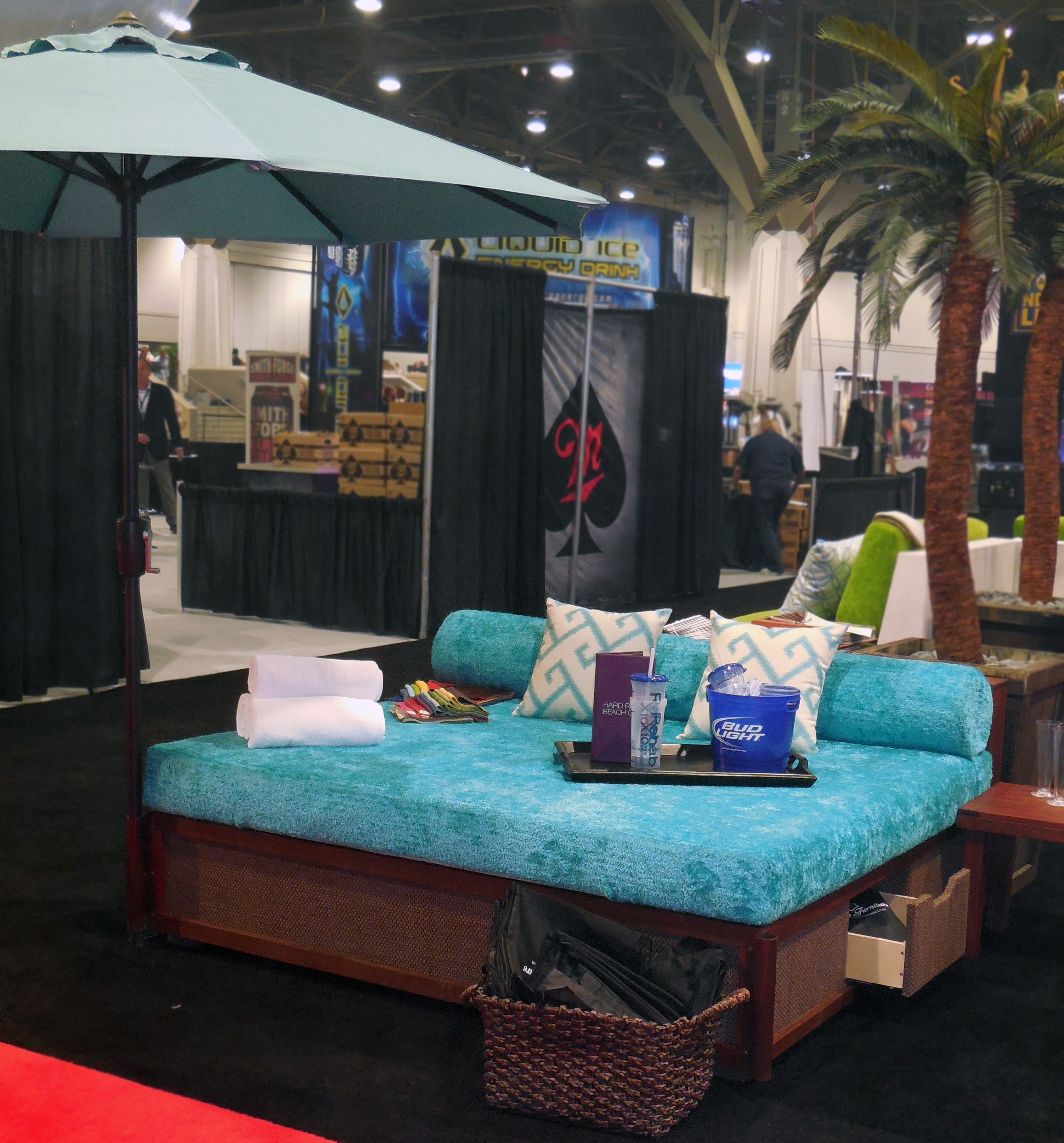 Turquoise daybed.jpg