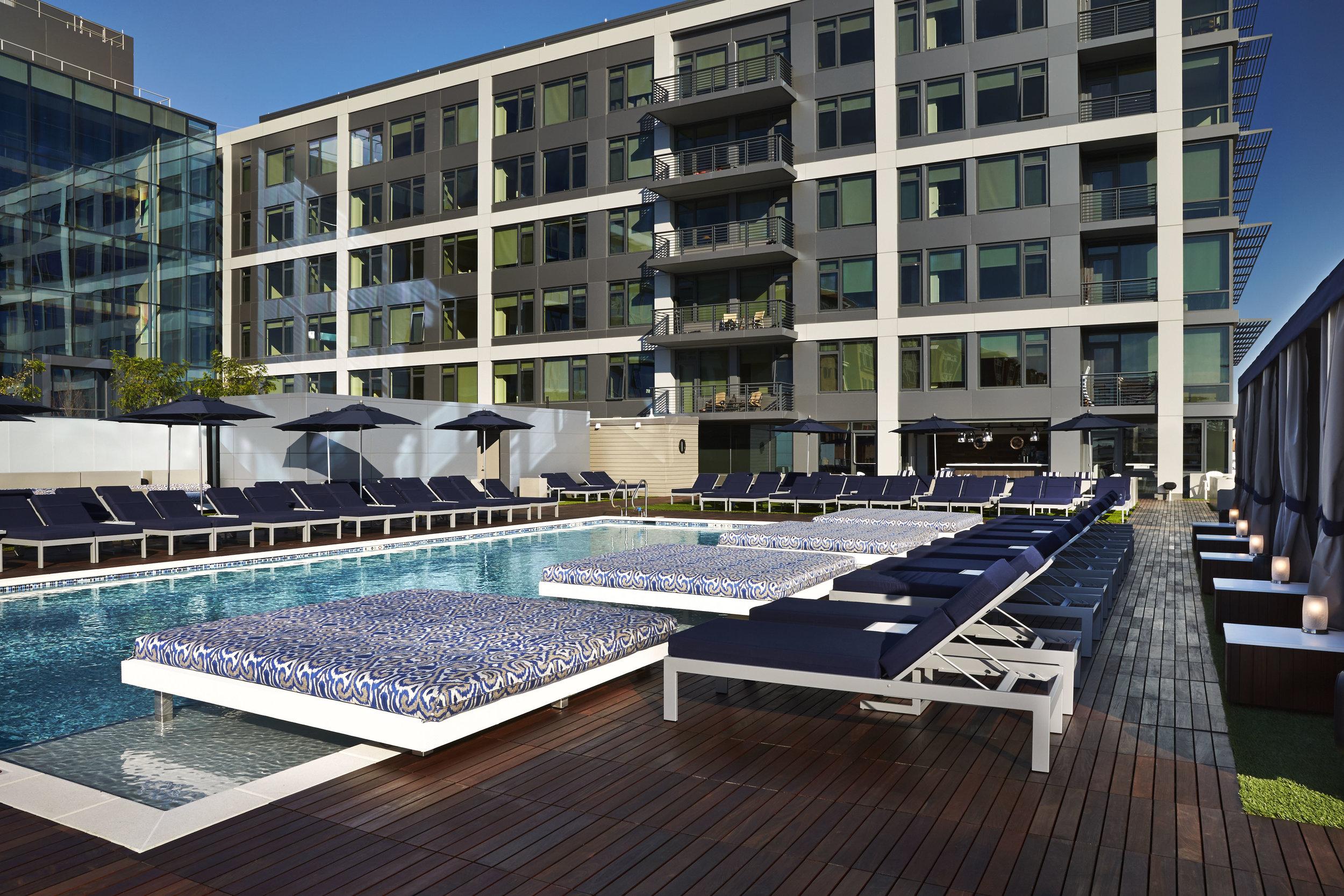 Penthouse Pool Club @ Vida Fitness, WA, DC