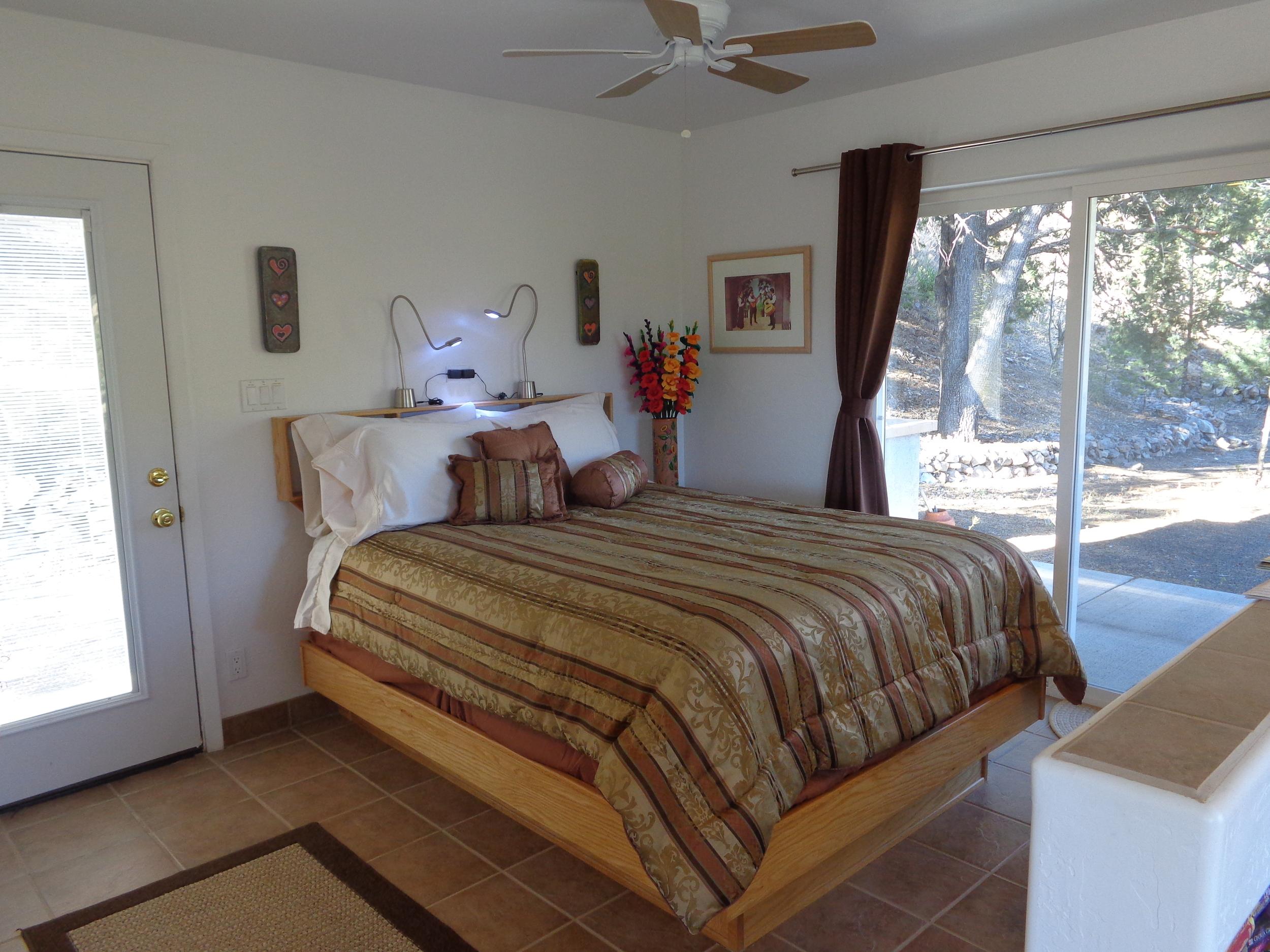 mcgregor bedroom area.JPG