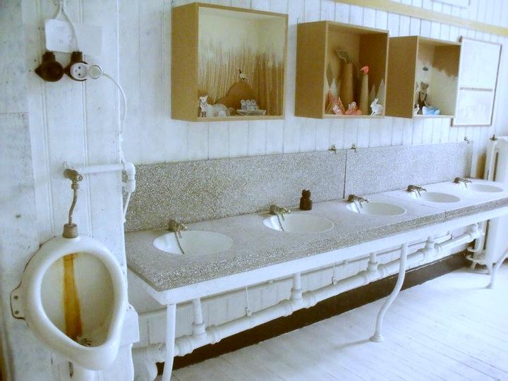 sommarland bath_effected.jpg