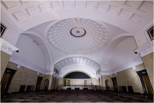 The ballroom. Image care of urban explorer Millhouse.