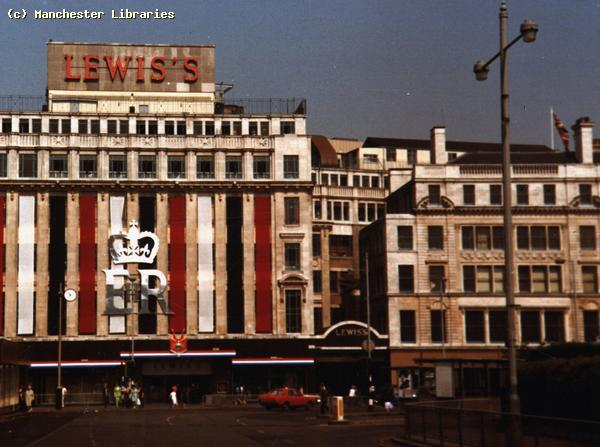 Queen Silver Jubilee, decorated by Roy Tootell. Image Manchester Libraries