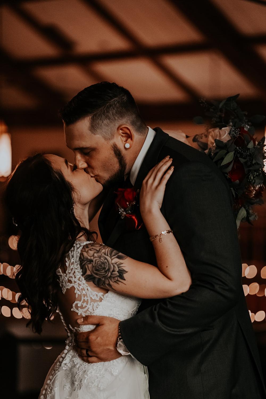 TaylorLaurenPhoto_Columbus_Ohio_Wedding_Engagement_Portrait_Photography-111.jpg