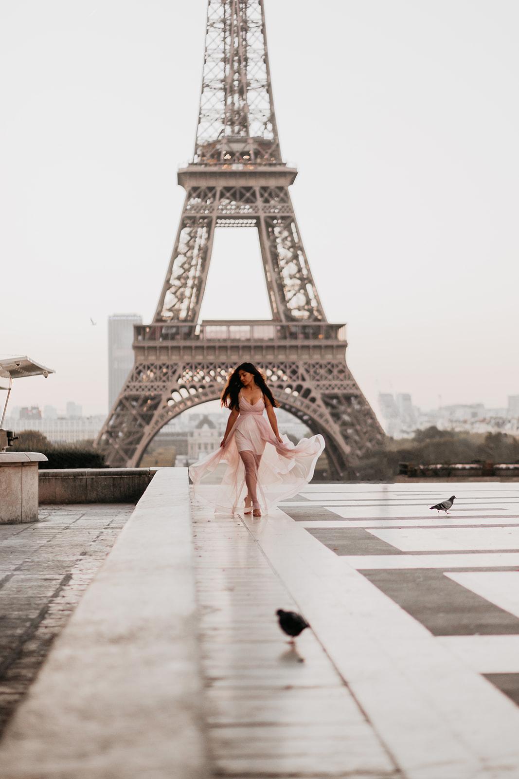 Taylor-Lauren-Photography_Columbus_Ohio_Wedding_Engagement_Portrait_Destination_Paris-3.jpg