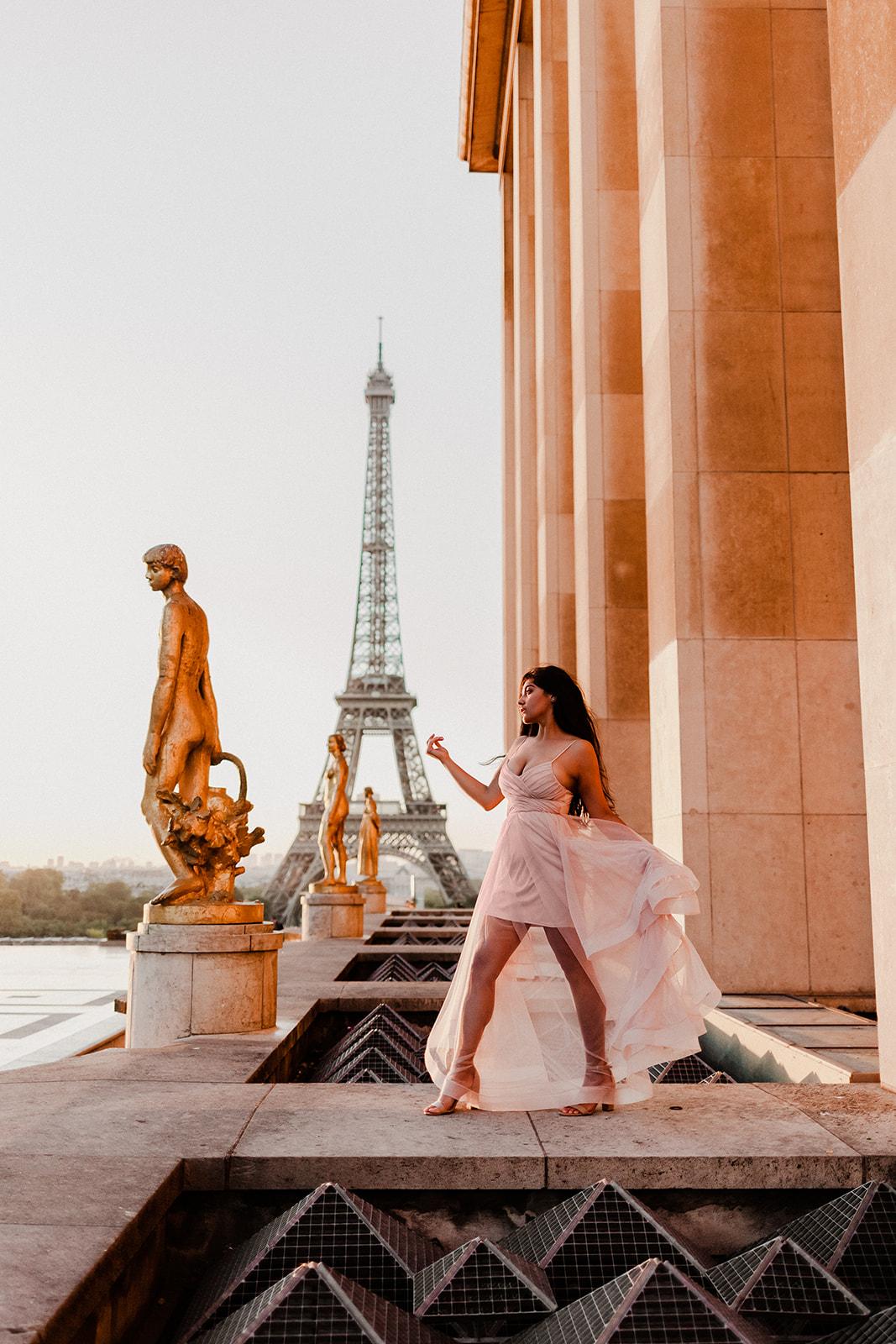 Taylor-Lauren-Photography_Columbus_Ohio_Wedding_Engagement_Portrait_Destination_Paris-7.jpg