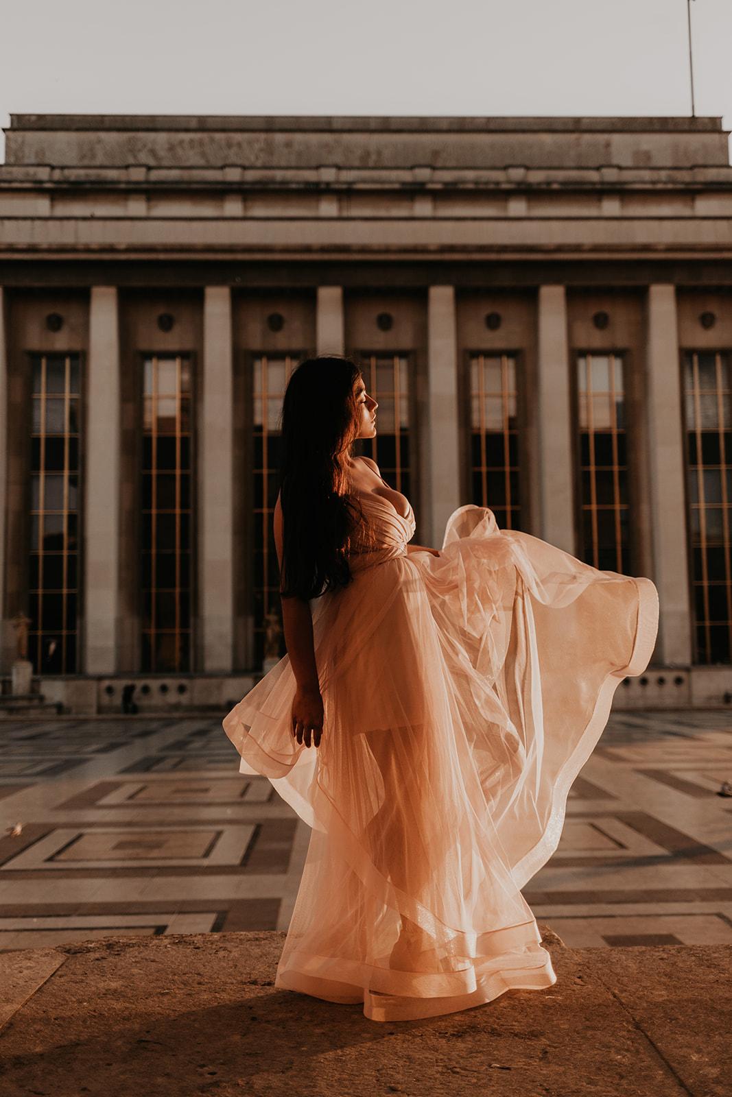 Taylor-Lauren-Photography_Columbus_Ohio_Wedding_Engagement_Portrait_Destination_Paris-12.jpg