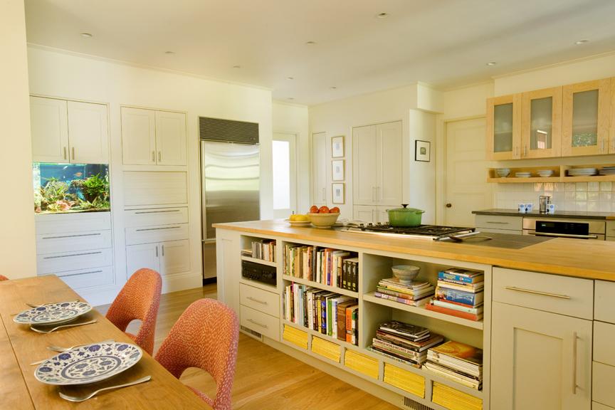 1 Pill Hill kitchen angle 2.jpg