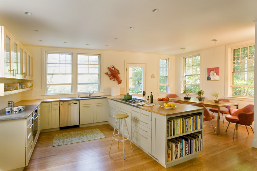 2 Pill Hill kitchen angle 1.jpg