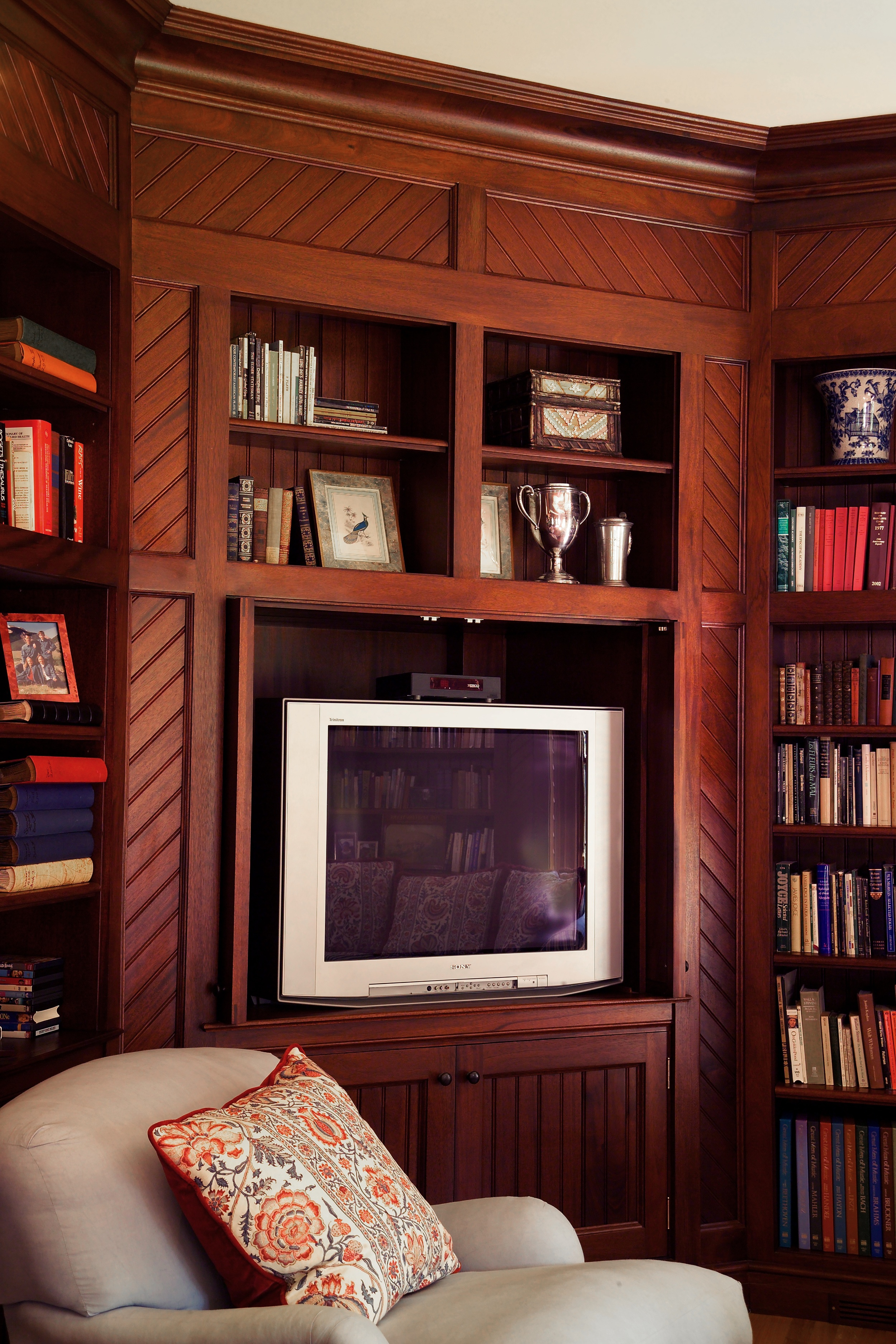 3 LIbrary addition tv cabinet.jpg