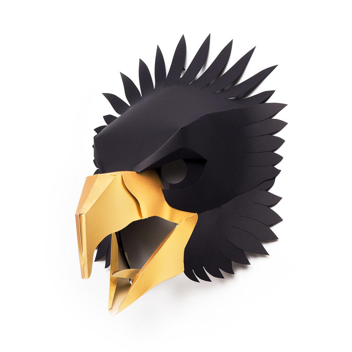 Trophy2018-Eagle_M_BLK_side.jpg