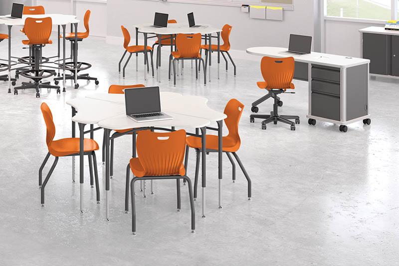 SmartLink_Associate_Desk_cluster_1.jpg