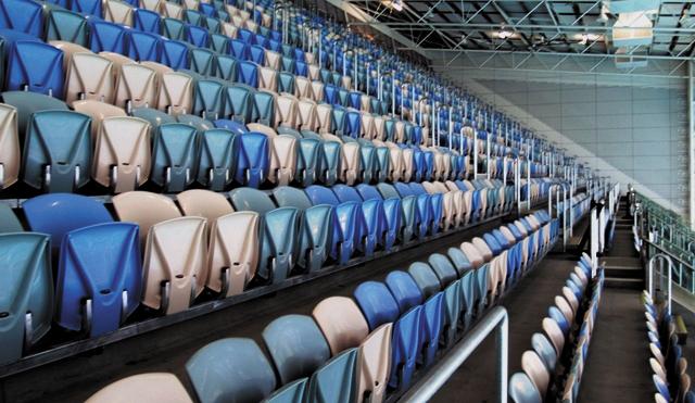 Swim-Stadium_Hi5.jpg