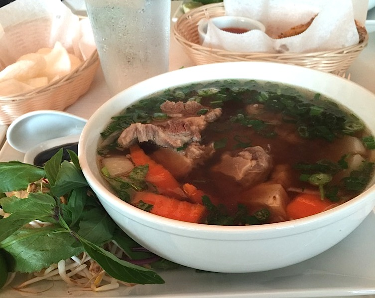 Basilic Vietnamese Pho North Miami