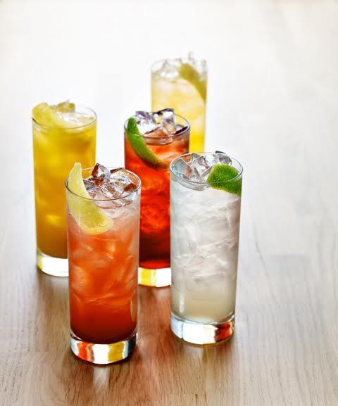 Earls Kitchen + Bar Dadeland Cocktails
