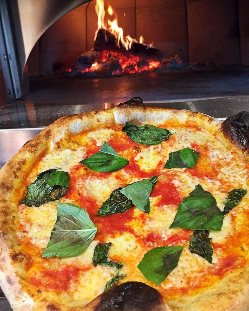 Fi'lia Restaurant SLS Brickell Pizza