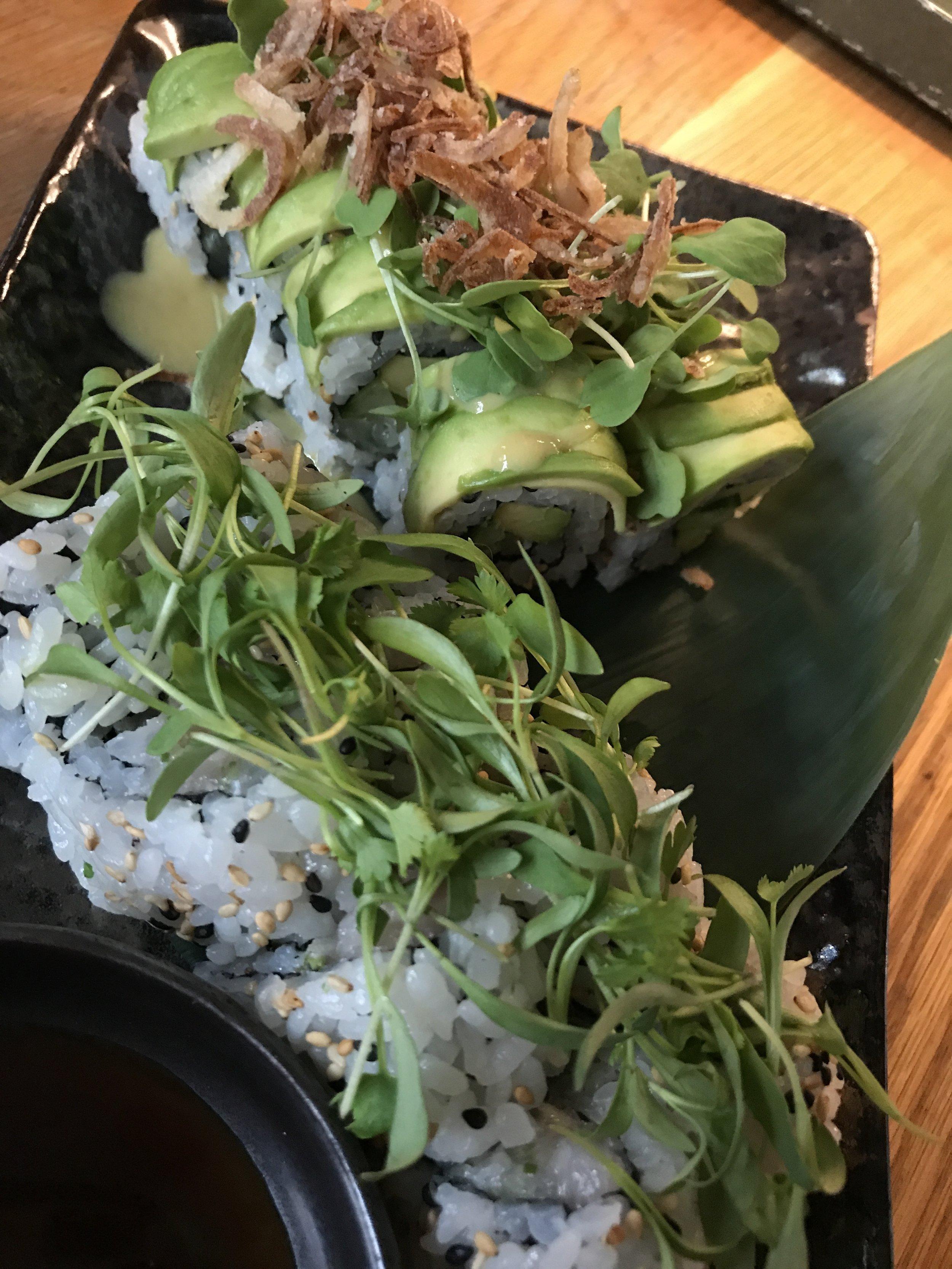 Sushi Garage Lemon and Veggie Roll