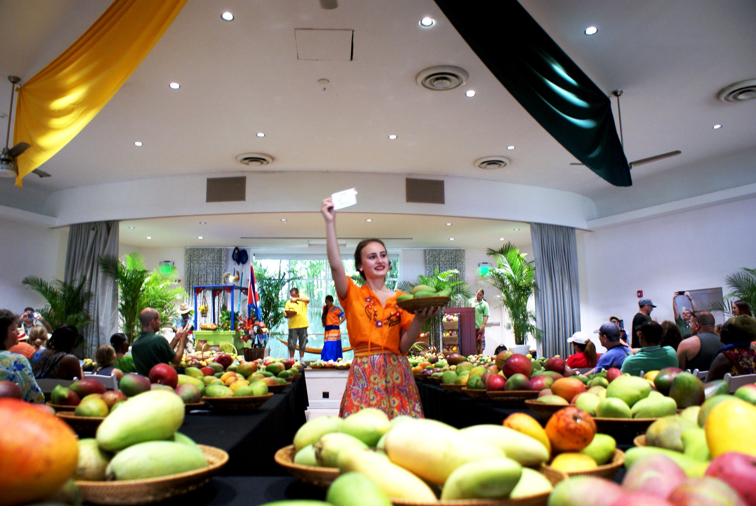 Mango Auction 1.JPG