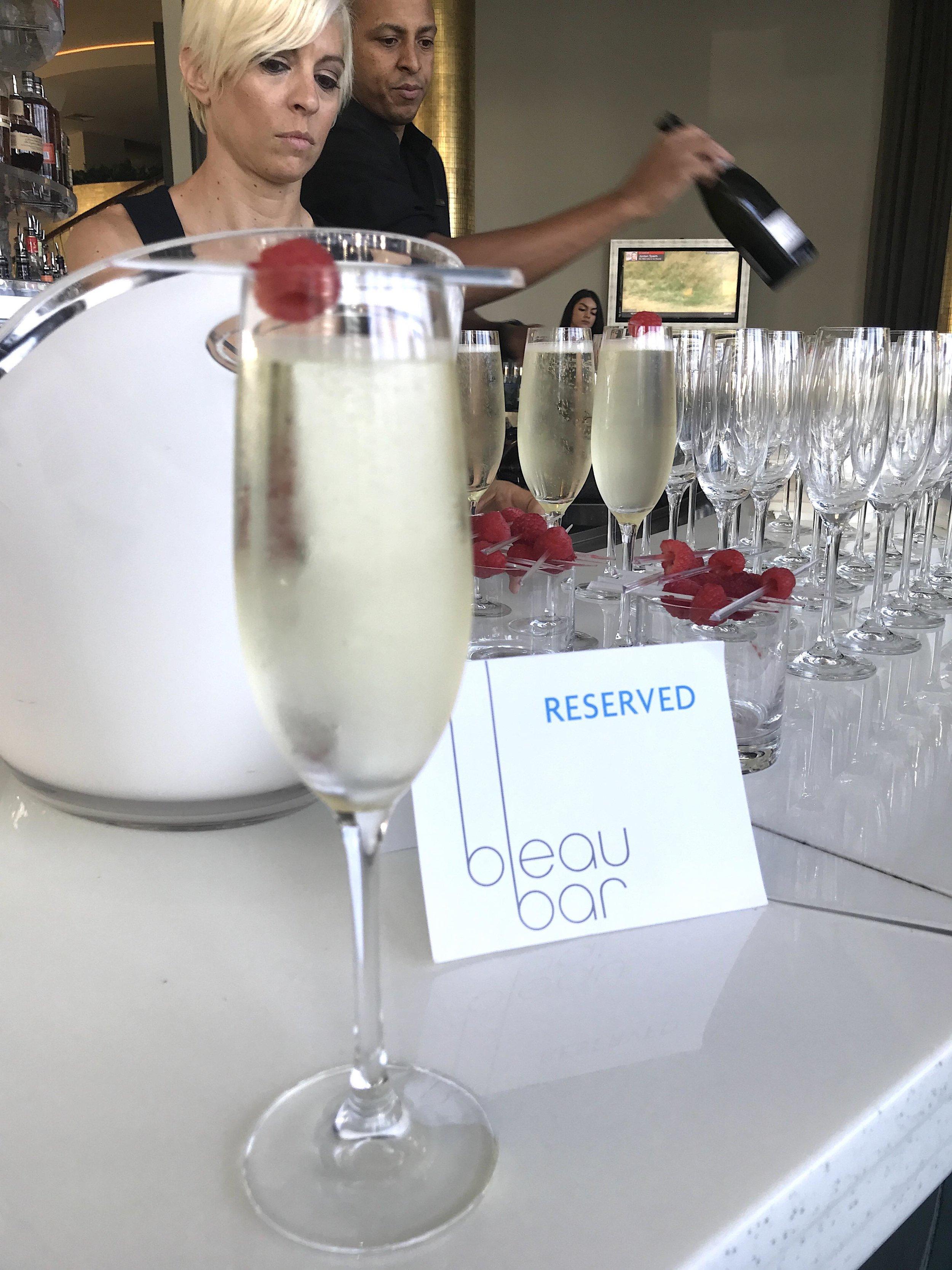 Fontainebleau Bleau Bar