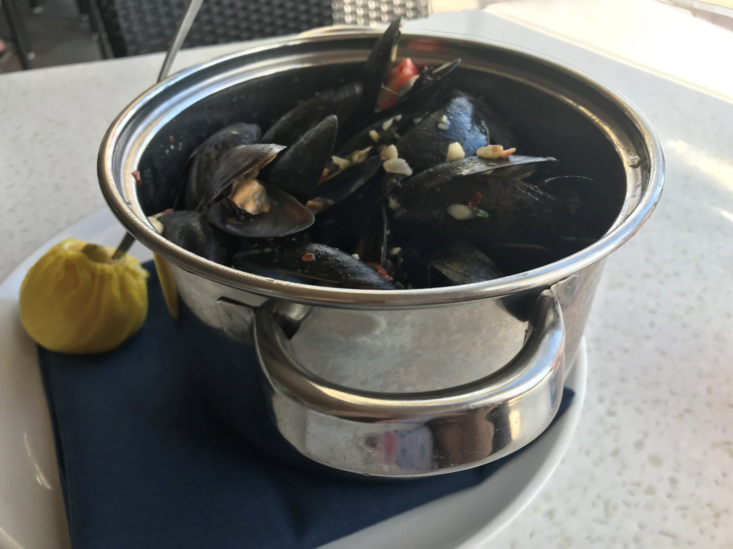 Oceans 234 Deerfield Beach Sunday Brunch Mussels