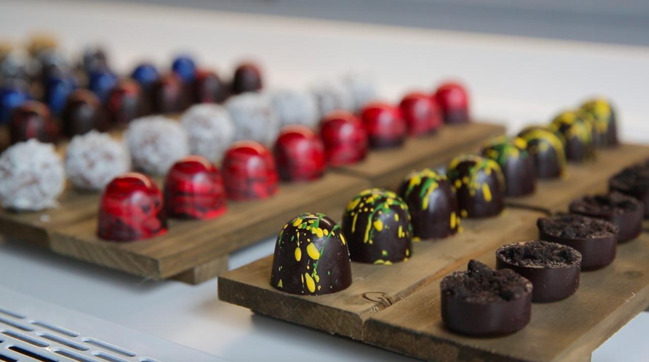exquisito chocolates.jpg