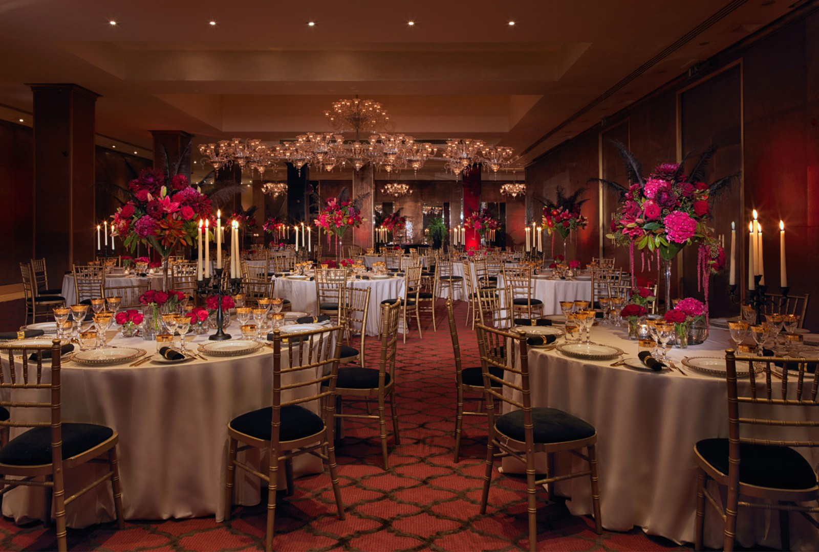 CRYSTAL_PRIVATE_DINING_1600px_wide.jpg