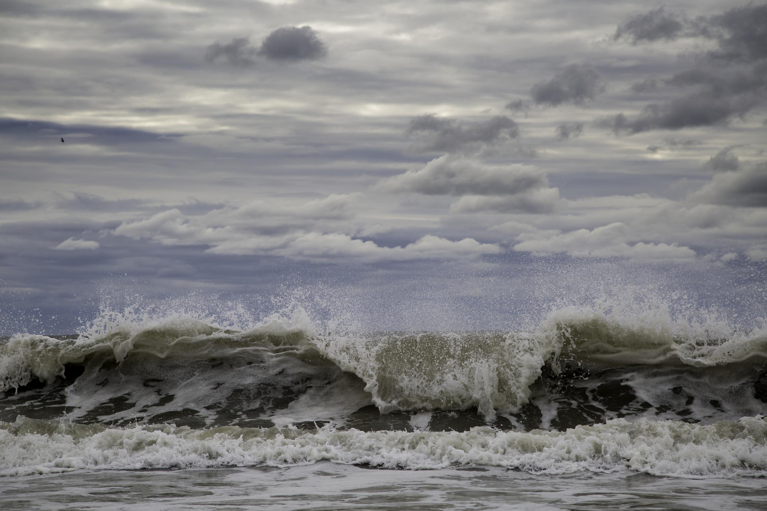 WAVES-2.jpg