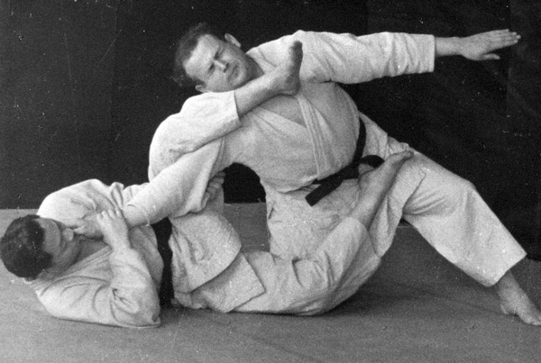 Feldenkrais practicing Judo in France in the 1930s.