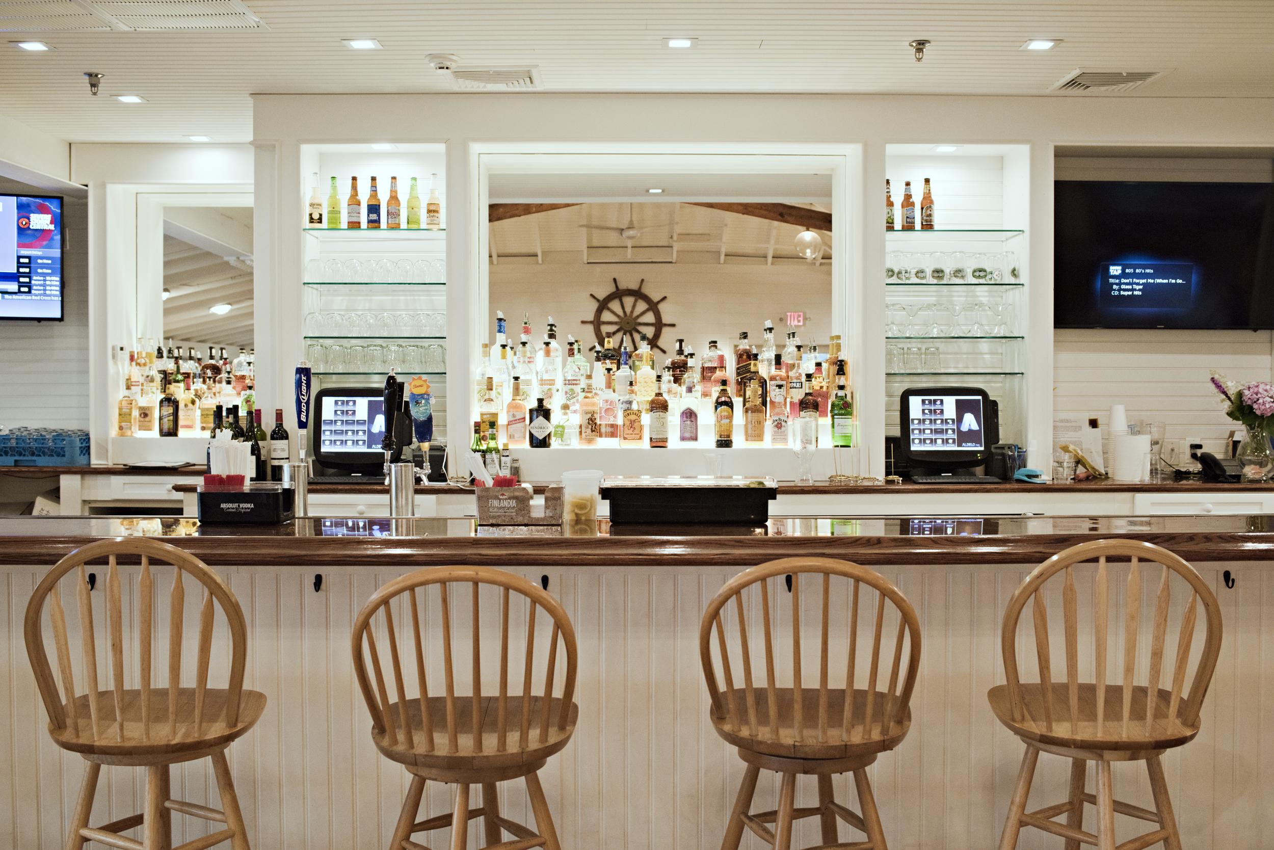 SYC bar.jpg