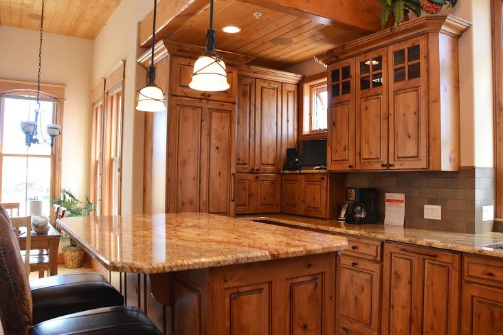 Kitchen253.jpg