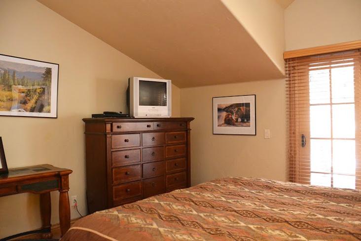 Master-Bedroom251.jpg