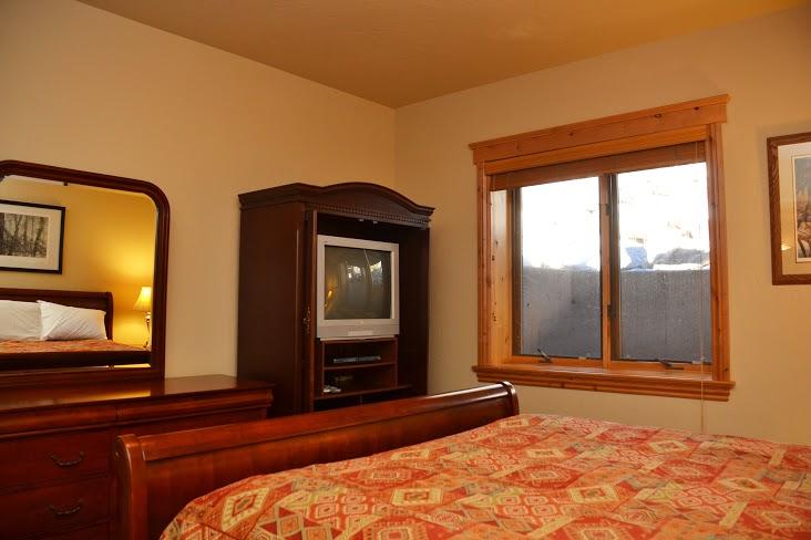 2nd-Bedroom244.jpg