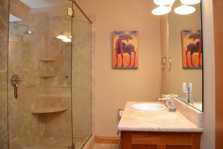 2nd-Bathroom215.jpg
