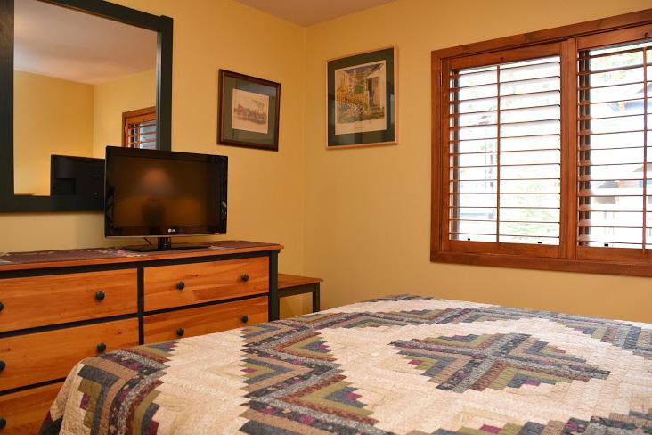 2nd-Bedroom215 (1).jpg