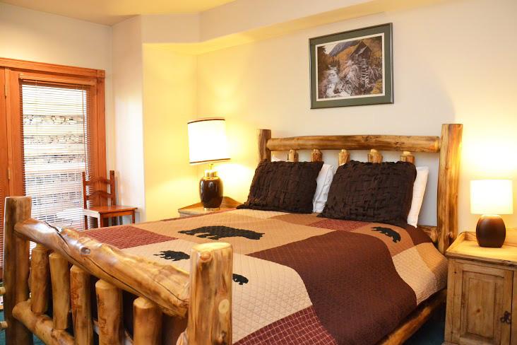 Downstairs-Bedroom11.jpg
