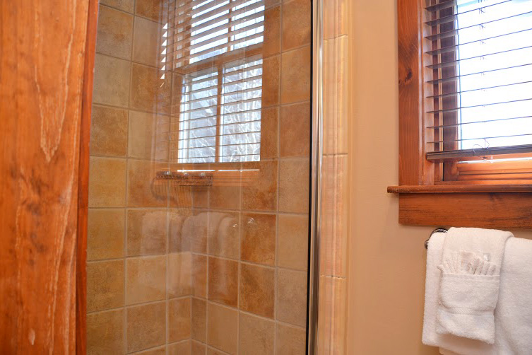 Master-Bathroom3-1.jpg